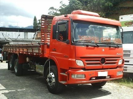 Mercedes Benz - 2425 - 6x2 - 2009 - Unico Dono - Carroceria