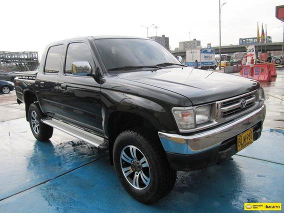 Toyota Hilux Doblecabina 2800cc Mt 4x4