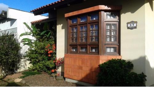 Casa Em Hípica Com 3 Dormitórios - Lu265667