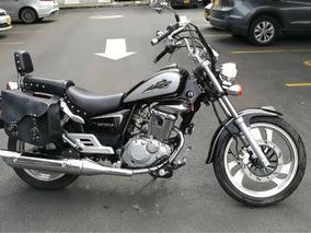 Hermosa Moto Suzuki Gz 150