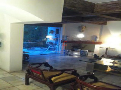 Ref 3575 - Excelente Casa Alto Padrao Em Dois Andares, Edicula, 6 Vgs No Jardins. - 3575