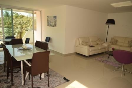 Apartamento Amplio Altos Riomar Barranquilla