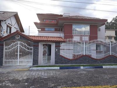 Arriendo Casa Sector Valle De Los Chillos Oportunidad