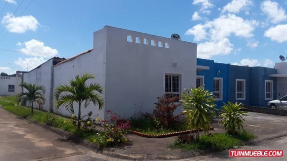 Casa En Venta. Lomas Del Bosque. Tipuro