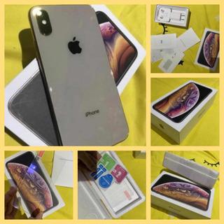 iPhone Xs Dourado - 64gb