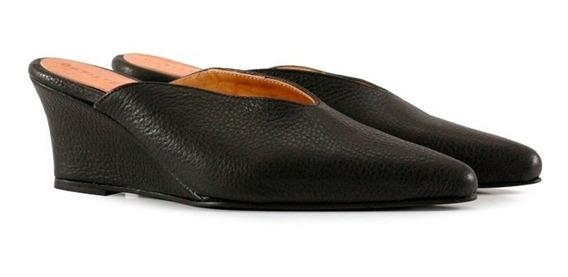 Zapatos De Cuero Negro Con Taco Chino Mujer Batistella