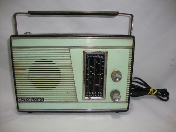 Antigo Radio Portatil Motoradio Anos 70 Funcionando Verde