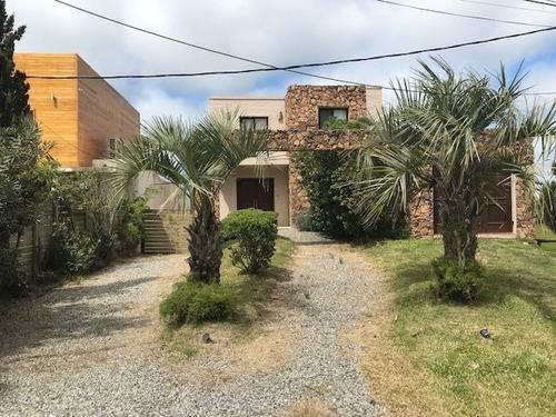 Casas En Venta 4 Dormitorios  Montoya Punta Del Este - Dl1211