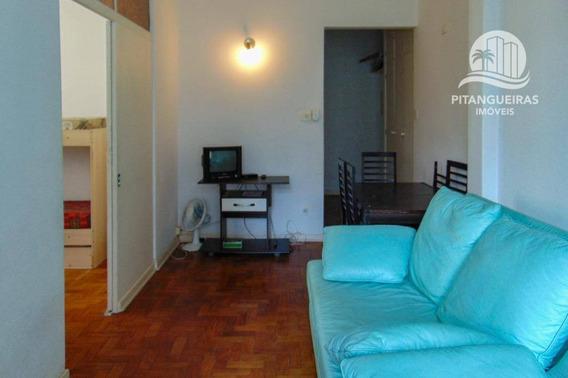 Pitangueiras - Uma Quadra Do Mar, Claro E Arejado - Condomínio Baixo. - Kn0008