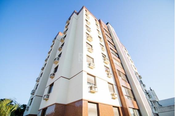 Apartamento Em Petrópolis Com 3 Dormitórios - Fe1397
