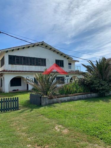 Importante Residencia Frente Al Mar En Venta.- Ref: 6476