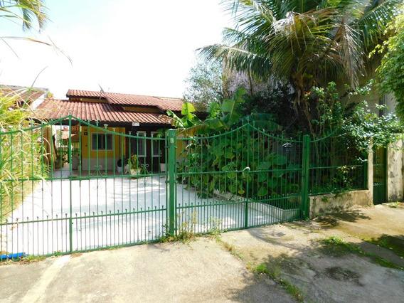 Casa Para Locação Definitiva À 550 M Da Praia Em Peruíbe.