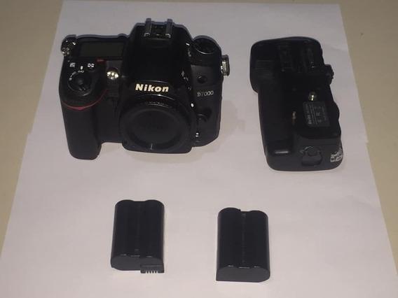 Nikon D7000 + Grip + 2 Baterias
