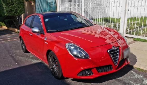 Oportunidad Alfa Romeo Giuletta $260,000