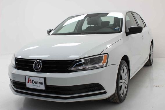 Volkswagen Jetta 2018 4p L4/2.0 Aut