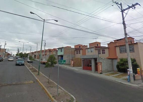 Casa En Adjudicacion Col Santa Ana Qro