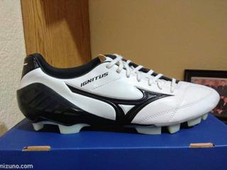 mizuno soccer shoes morelia michigan