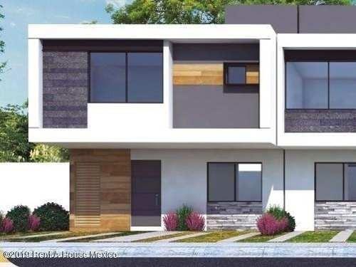 Casa En Venta En Zakia, El Marques, Rah-mx-20-622
