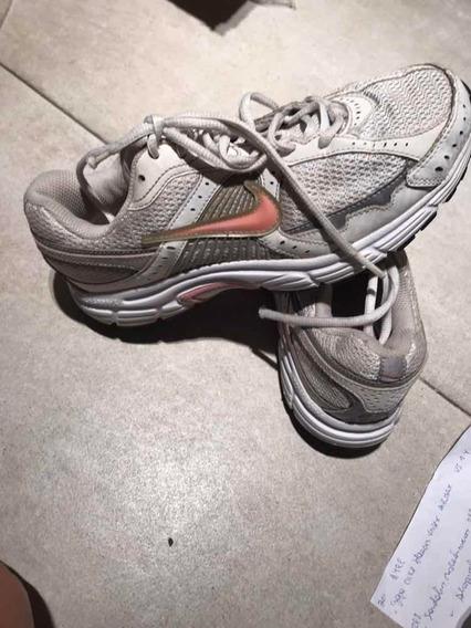 304. Zapatillas De Mujer Nike Usadas Talle 38
