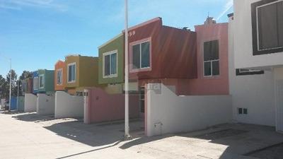 Casa Sola En Venta En Cielo Vista, Durango, Durango