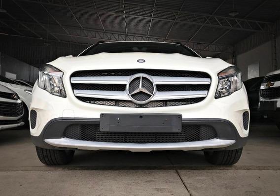 Mercedes Benz Gla 200 Cgi Style 1.6. Branco 2016/17