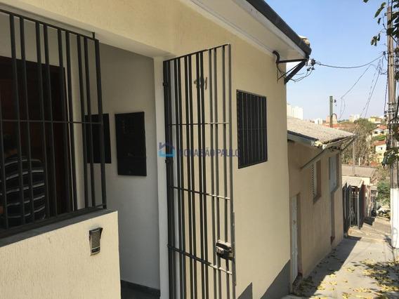 Casa Térrea 2 Dormitórios Sem Vaga Na Saúde, Zona Sul-sp. - Bi25317