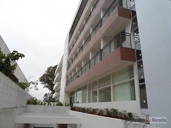 Flat 01 Dormitório - Granja Viana - Ap0667