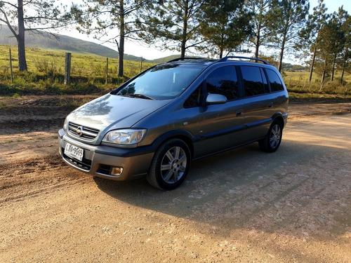 Imagen 1 de 15 de Chevrolet Zafira 2.0 Gls 2011