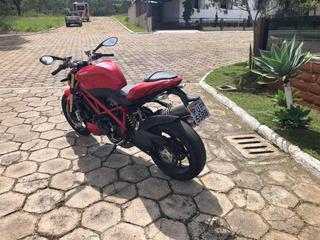 Ducati St Fighter 848