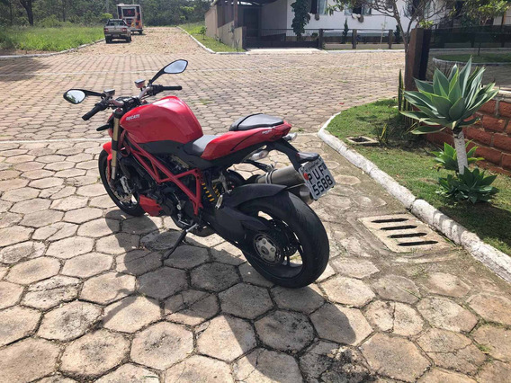 Ducati St Fighter 848