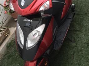 Moto Italika Color Rojo Modelo 2018 Practicamente Nueva