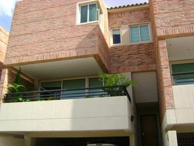 Townhouse En Venta En Altos De Guataparo 320 M2 (pt)