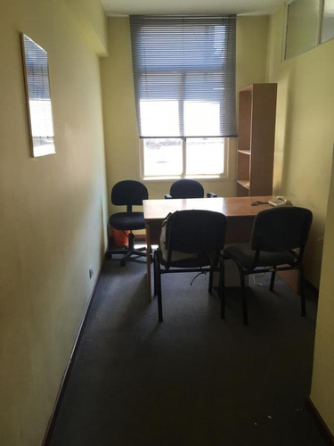 Imagen 1 de 7 de Oficina - Tribunales