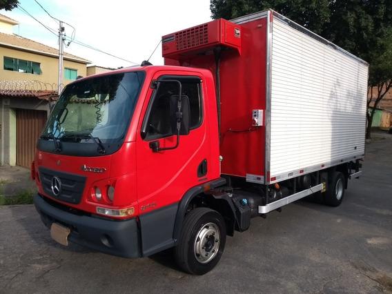 Mercedes-benz Mb 815 Accelo 2013 Bau Refrigerado Gancheira