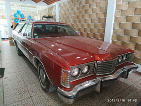 Ford Galaxie 500 Country