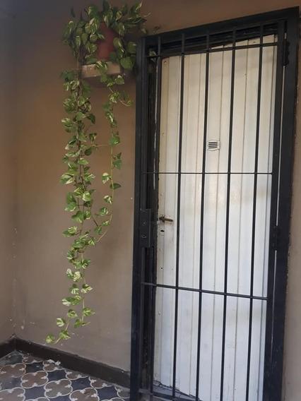 Vendo Casa Al Frente Con Ph Al Fondo Gaebeler 925