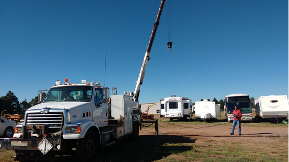 Camion Grua Para Servicio 2009 Recien Importado Sterling