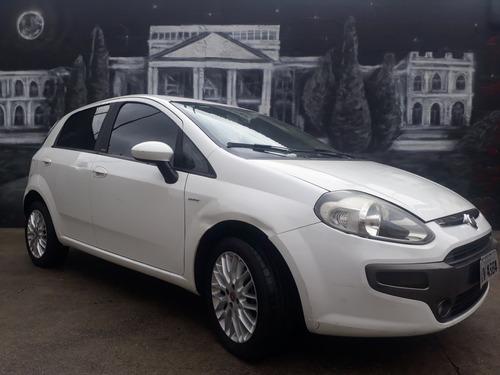 Fiat Punto 2014 1.6 16v Essence Flex Dualogic 5p