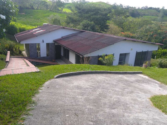 Venta Casa Campestre Km 48, Vía Medellin