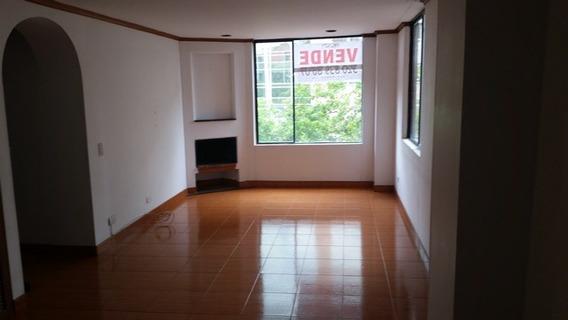 Apartamento Para Venta En Portales Del Monte - Bogota