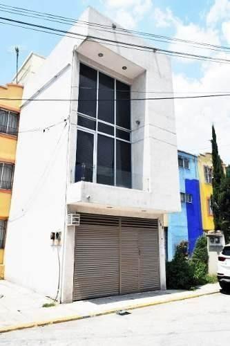 Excelente Casa En Portal Chiconautla A La Venta Av.