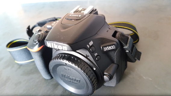 Nikon D5600 + Kit Limp. + Carreg/bat + Lente Nikon 18-105mm
