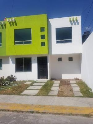 Casa En Renta En Paseo De Las Reynas En Privada, Cocina Integral Y Closets