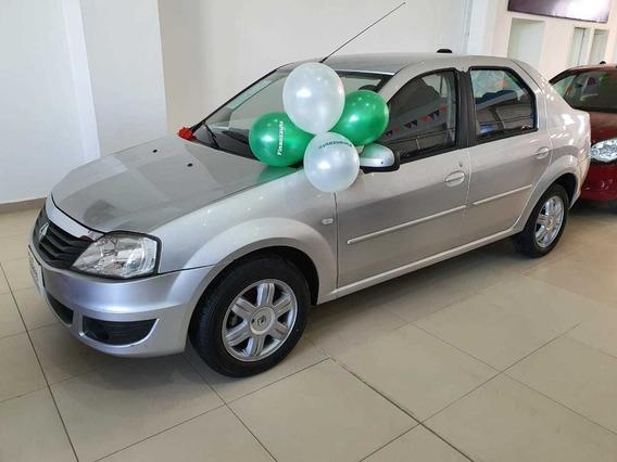 Renault Logan Dynamique 1.6 2015 Urt351