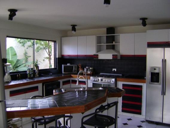 Casa En Los Altos De Guatapro, Valencia. Sdc-436
