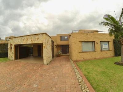 Casa En Arriendo Cajica Vereda Canelon 19-616 Rbc