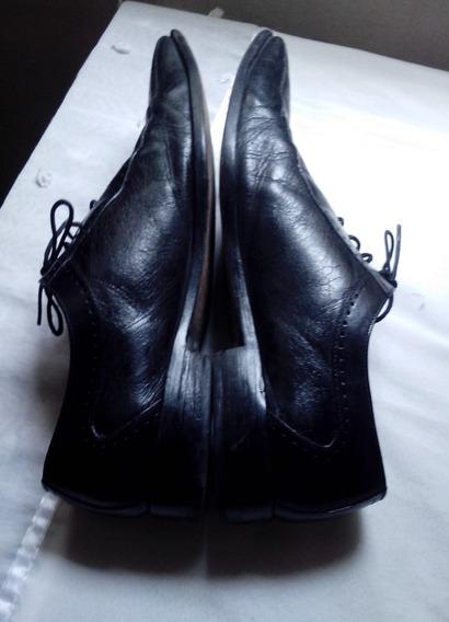 Zapatos De Cuero Negro Usados
