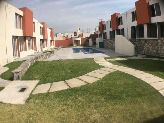 Casa En Venta En Xochitepec Palmas