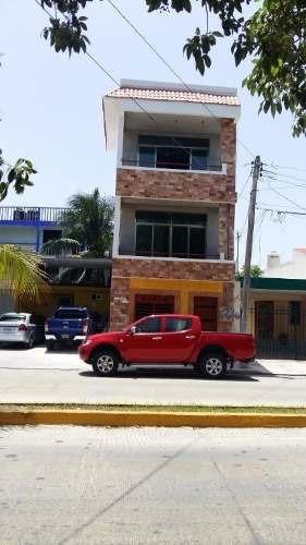 Edificio Comercial Centro Playa Del Carmen, Quintana Roo P1742