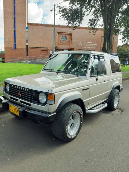 Mitsubishi Montero 4x4 2600